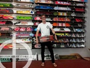 Say hello to John, currently attending Fullerton College, he's a bit of a celebrity for us.. he was just on the TV show Wipeout (Brains vs Brawns)... and he's actually the winner!! Catch him on ABC! Johnny just picked up some skate parts and a cool Origin Tshirt...