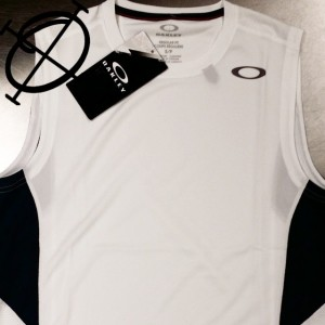 oakley sleeveless shirt