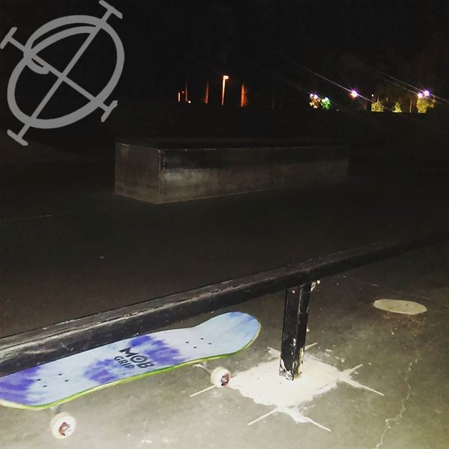 Night Skate Sesh Mob grip